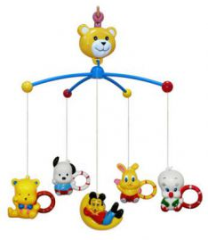 Игрушки для детских кроваток